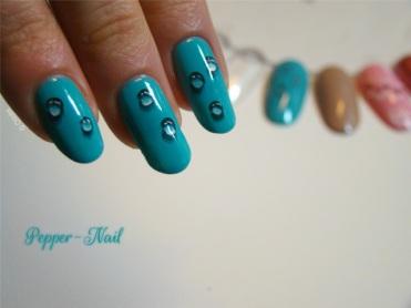 nail_art_17_winter_teardrops_02