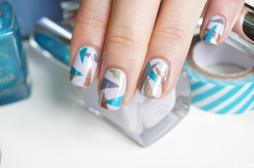 Nail_art_174_triangle_patch_04