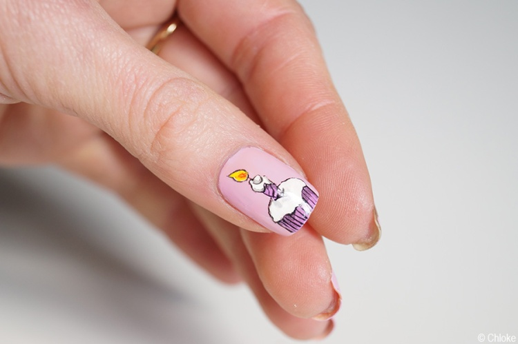 Nail_art_197_eighteenth_birthday_02