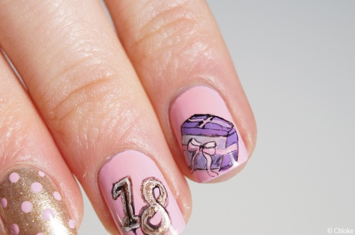Nail_art_197_eighteenth_birthday_05