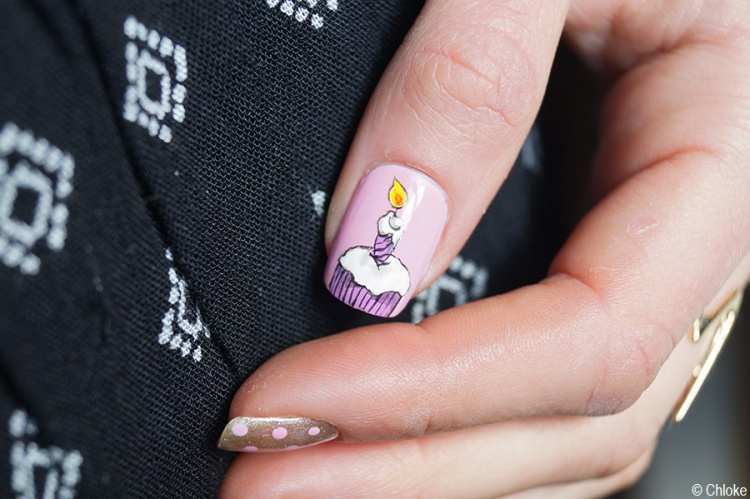 Nail_art_197_eighteenth_birthday_08