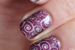 nail_art_203_stamping_arabesques_let_me_in_05