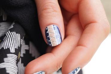 Nail_art_204_corset_blue_jeans_12