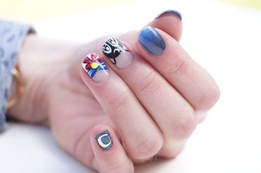 Nail_art_205_sailor_moon_coralie_03