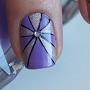 nail-art-162-pantone-nails-amethyst-orchid